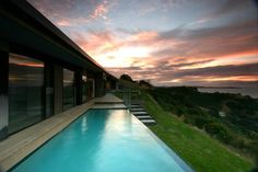 http://cdn.home-reviews.com/2011/12/korora-house-in-new-zealand-by-daniel-marshall-architects-16.jpg