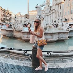 "242 curtidas, 12 comentários - Marijn (@ramijntje) no Instagram: ""Rome#inlove #rome #cityvibes #strolling #piazzanavona #gelato #icecream #summer #vacay #roadtrip…"""