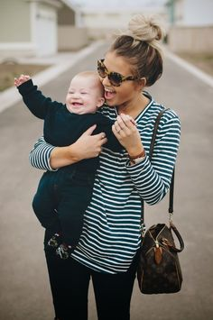 Stripes + Tortoise Shell + Blonde/Brown Top Knot...oh, an a baby! Ahhhhh, Love.