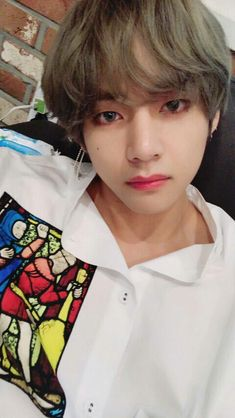 Find images and videos about kpop, bts and jungkook on We Heart It - the app to get lost in what you love. Taehyung Selca, Jimin, Namjoon, Bts Selca, Bts Bangtan Boy, Hoseok, Taehyung Gucci, Taehyung Fanart, Foto Bts