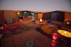 Chez Hamid a l'intérieur du bivouac, Merzouga Maroc- www.bedycasa.com