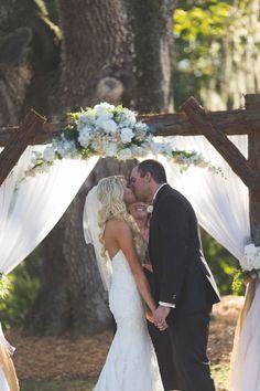 Sweet rustic wedding at Cross Creek Ranch // onefabday.com