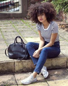 See this Instagram photo by @samiorenelda • Curly fro. Afro curls. Natural hair. Curly hair. Curly girl. Big hair.