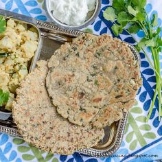 Herbivore Cucina: Rajgira thepla or amaranth paratha are perfect for Navratri Vrat or fasting. These gluten free Indian flatbreads are tasty and healthy too. #BreadBakers