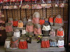 statues of the Jizo