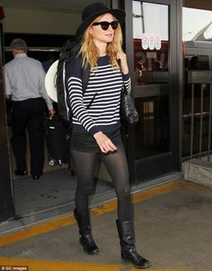 Going back to Cali: Heather Graham was spotted arriving at Los Angeles International Airpo. Twin Peaks, Motorcycle Babe, Poorly Dressed, Celebrities In Stockings, Heather Graham, Stocking Tights, Frye Boots, Black Shorts, Cali