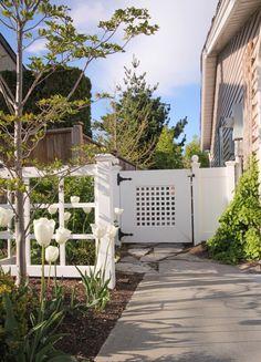 A Peek Into My Spring Garden | Maria Killam | True Colour Expert | Decorator