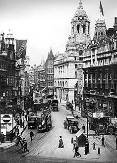 Tottenham Court Road, c 1900