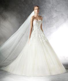 Prasa, robe de mariée en tulle, pierres fines