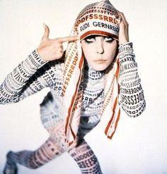 Peggy Moffitt | Peggy Moffitt, Rudi Gernreich, Fall 1968 - Photo © William Claxton