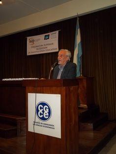 Lic. Jorge Fasce, equipo docente del Instituto ISIP