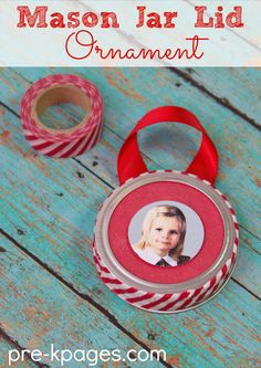 Jar Lid Christmas Ornament Mason Jar Lid Picture Ornament with Washi Tape. Easy Christmas Ornament for Kids to Make.Mason Jar Lid Picture Ornament with Washi Tape. Easy Christmas Ornament for Kids to Make. 50 Diy Christmas Ornaments, Christmas Gifts For Parents, Preschool Christmas, Outdoor Christmas Decorations, Christmas Crafts For Kids, Xmas Crafts, Simple Christmas, Christmas Ornaments With Pictures, Christmas Ideas