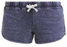 New Look Pantalón De Deporte Blue Pantalones Cortos De Mujer Dentro de nuestra colección de pantalones cortos de mujer vas a encontrar todo tipo de texturas y diseños femeninos con los que poder combinar tus look más originales.