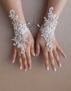 İvory Wedding Glove, ivory lace gloves, Fingerless Glove, ivory wedding,  embroidered with pearls bridal gloves, french lace gloves on Etsy, $30.00
