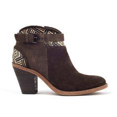 Peron Ranch Boot with Aztec Raffia