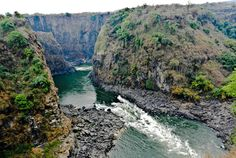 Victoria Falls Gorge: Border Between Zambia & Zimbabwe