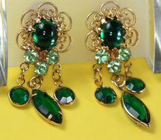 emerald chandelier earrings #green #wedding #bride