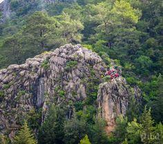 Escape to Olympos Rock Climbing, Mount Rushmore, Traveling, Mountains, Nature, Viajes, Naturaleza, Climbing, Trips