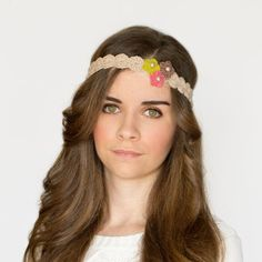 Create the ultimate summer accessory, a bloomswirl headband! Free crochet pattern available!