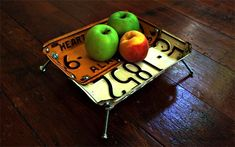 Upcycled License Plates - License Plate Bowl - Automotive Decor #upcycled #recycled #diycarparts