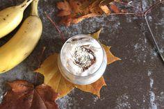 Korvapuustinmakuinen proteiinipehmis terveelliseen herkutteluun. Ohje löytyy blogista. Cinnamonroll protein nicecream, yummy!
