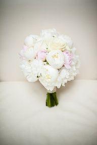 roses and peonies bridal boquet
