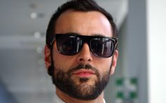"""Marco Mengoni: l'essenziale è esserci...da Cattelan. Ospite del programma """"E poi c'è Cattelan"""" in onda su Sky stasera alle 23 Mens Sunglasses, Sky, Fashion, Wave, Heaven, Moda, Man Sunglasses, La Mode, Fasion"""