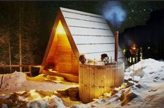 Glamorous camping, or glamping in short, is the latest trend in the camping world. Find your 2020 glamping in Slovenia escape here. A Frame Cabin, A Frame House, Camping Glamour, Mini Chalet, Wooden Cabins, Wooden Hut, Camping Glamping, Camping Gear, The Donkey