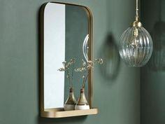 Klassisk spejl med hylde 76x46 cm guld finish Candle Sconces, Wall Lights, Candles, Interior Design, Lighting, Home Decor, Nest Design, Appliques, Decoration Home