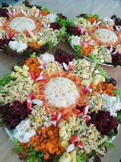 Healthy Salad Recipes, Healthy Breakfast Recipes, Morrocan Food, Gourmet Salad, Food Presentation, Food Art, Food Inspiration, Buffet, Side Dishes