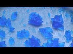 Formación de cristales azules