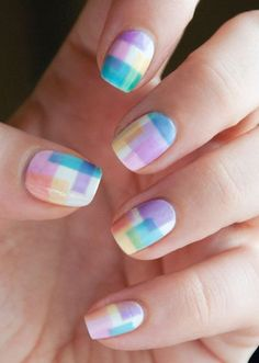 Gradient texture with a plaid pattern. Love the style.