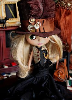 Steampunk Blythe and her fabulously funky hat!