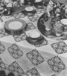 Linen & Motif Squares Tablecloth Vintage Crochet Pattern for download