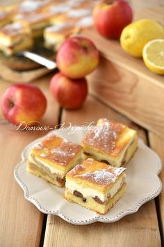 Cytrynowe ciasto z serem i jabłkami Blueberry Cheesecake, Polish Recipes, Keto Snacks, Cakes And More, Sweet Tooth, French Toast, Food And Drink, Cooking Recipes, Favorite Recipes