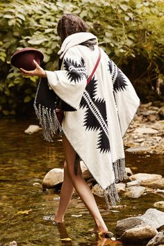 I really want something similar to this but I'd rather have it in vibrant colors rather than black and white. Pendleton X UO Reversible Blanket Open Poncho