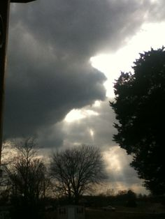Storm cloud March 2013