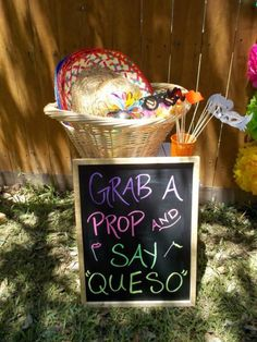 Quinceanera Party Planning – 5 Secrets For Having The Best Mexican Birthday Party Mexican Birthday Parties, Mexican Fiesta Party, Fiesta Theme Party, First Birthday Parties, Birthday Party Themes, First Birthdays, Taco Party, Birthday Ideas, 30th Birthday