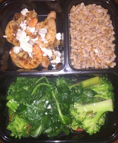 Week 6 Lunch Option : Shrimp Mediterranean Spicy Shrimp: Shrimp, Salt, Pepper, Cayenne Pepper, Paprika, Red Chili FlakesFarroBroccoli & Asparagus: BlanchedTomatoes & Spinach: Olive oil, salt, pepper (toss with Broccoli & Asparagus in pan) Garnishes: Feta Cheese & Pesto