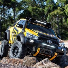 The Toyota Hilux Tonka concept, inspired by the Tonka toys, is based on the Australian version of the pickup truck. Toyota Hilux Tonka concept has a Toyota Hilux, Toyota Tundra, Toyota Tacoma, Toyota Trucks, Toyota Cars, Aichi, General Motors, Pick Up, Tuning Motor