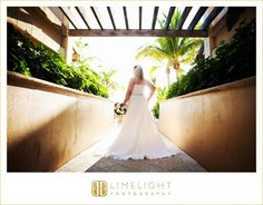 RITZ CARLTON, beach wedding, bride, wedding dress, Limelight Photography, www.stepintothelimelight.com