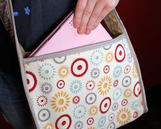 Fabric iPad Tote tutorial, instruction, DIY, craft, sew, fabric, gift, girl, tech, gadgets,