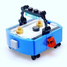 "(@brickshowtv) på Instagram: ""Just added the custom LEGO air hockey table to thebrickshowshop.com #lego #arcade design by…"""