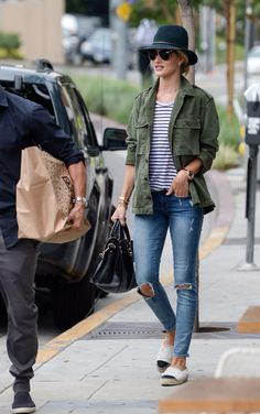 Rosie Huntington-Whiteley outfit inspo