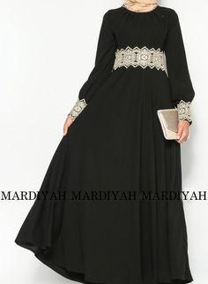 Black Lace Cuff Abaya