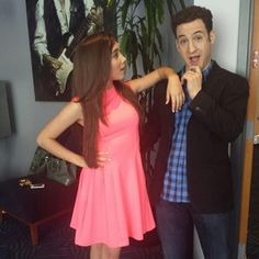 """Rowan Blanchard (Riley Matthews) and her TV dad Ben Savage look like they get along famously. 