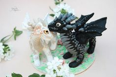 Dragon wedding cake toppers - dragon bride groom sculpture ...