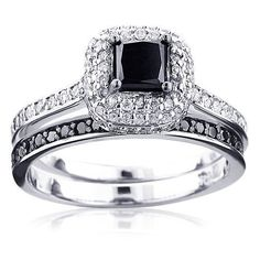 This Gold White Black Diamond Unique Bridal Engagement Ring Set consists of a diamond engagement ring and matching band. The engagement ring showcases a carat princess cut black diamond in the center and beautiful pave set round diamonds on the si Skull Wedding Ring, Skull Engagement Ring, Black Diamond Engagement, Engagement Ring Settings, Solitaire Engagement, Solitaire Diamond, Bridal Rings, Wedding Jewelry, Bling Bling
