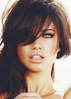 Adriana Lima - love the smoky eye and nude lipstick
