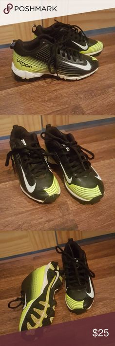 Nike Vapor Baseball Cleats Black yellow and white baseball cleats .. excellent condition...size 1 Nike Shoes Sneakers